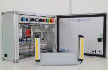 新規開発した体験型安全回路デモ盤