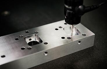 多種多様な金属素材の加工実績を持つ